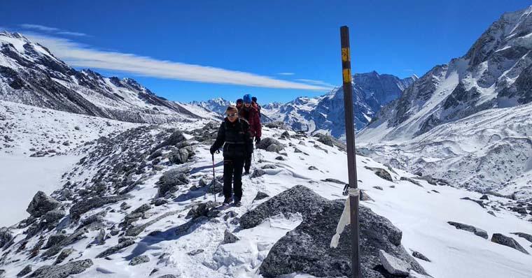 Manaslu Trekking group on the way to Larke La Pass Top 5130M.